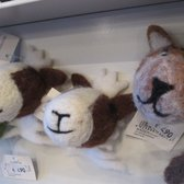 sweet and cute animal heads made of felt that can be used as a magnet - 2 buddies of mine on the left ;OD