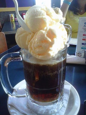 Fitz's Classic Root Beer Float | Yelp