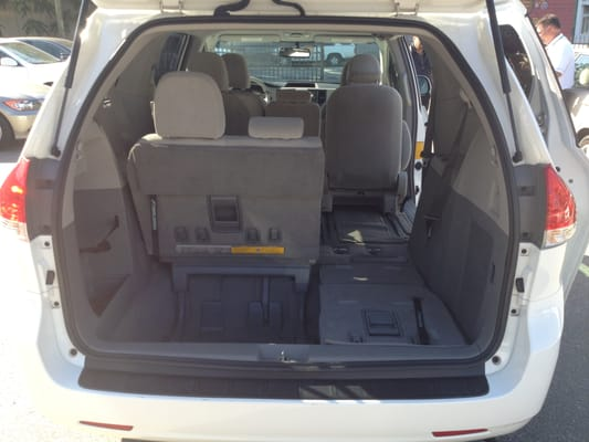 toyota sienna cargo space. Black Bedroom Furniture Sets. Home Design Ideas