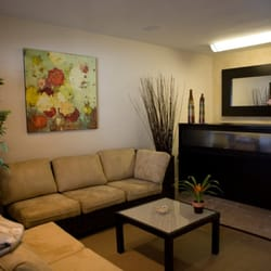 Natura waxing lounge spa massage pacific beach san for 7 image salon san diego