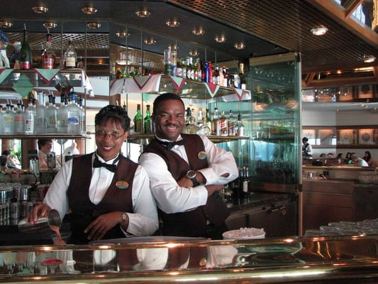 Janet Amp Carl Schooner Bar Majesty Of The Seas Yelp