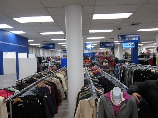 Goodwill thrift stores new york ny yelp for Jewelry consignment shops near me