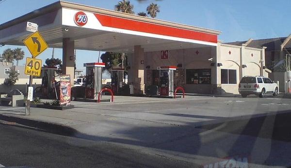 Malibu union unocal 76 gas service stations malibu for Malibu motors santa monica