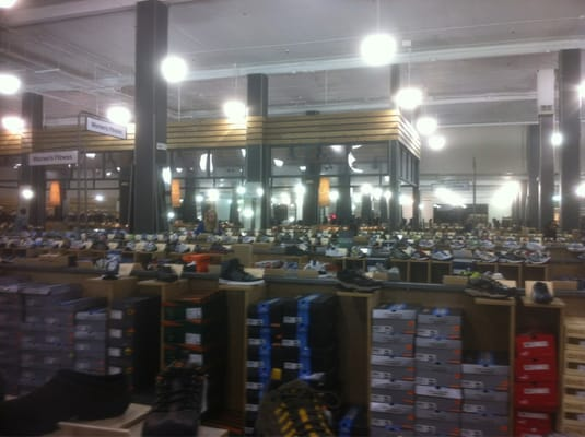 DSW Shoe Warehouse Harlem