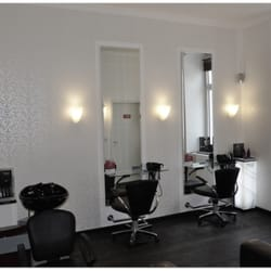 Die neue White Hair Reborn Lounge