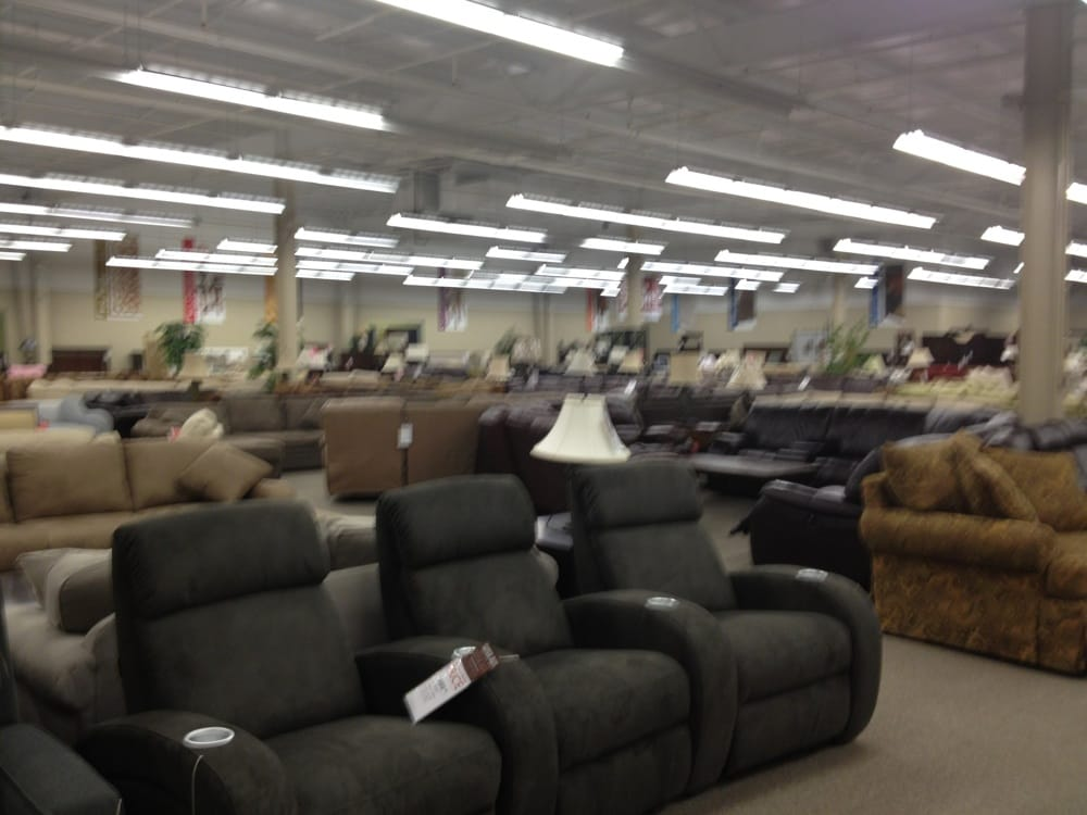 Star Furniture Clearance Outlet - Independence Heights - Houston