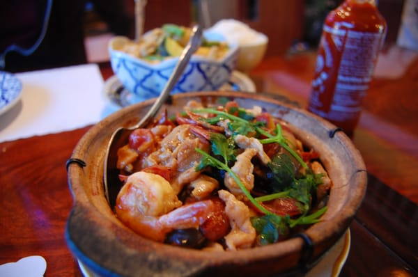 Clay Pot Chicken With Mushroom Recipes — Dishmaps