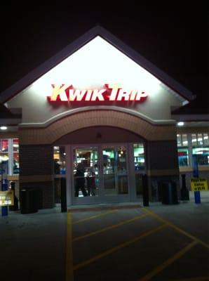 Gas Station Prices Near Me >> Kwik Trip - Oak Creek, WI | Yelp