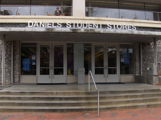 Chapel hill clothing stores