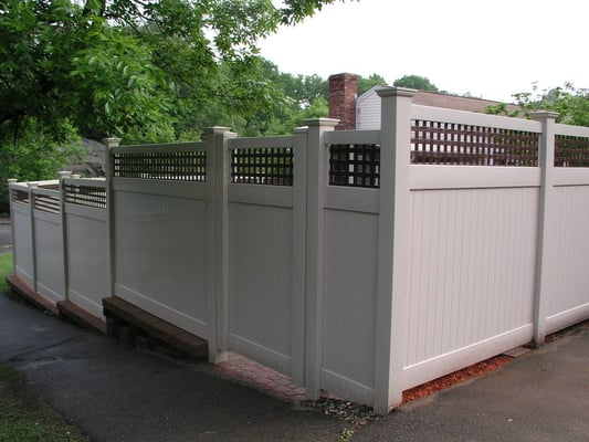 Custom Vinyl Fence Design Amp Install Yelp