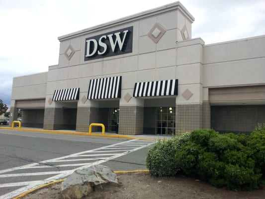 Where Is The Nearest Dsw Shoe Store