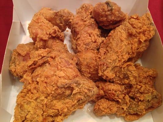 Popeyes Fried Chicken: Popeye's Famous Fried Chicken