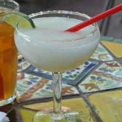 La Margarita Restaurant & Oyster Bar logo