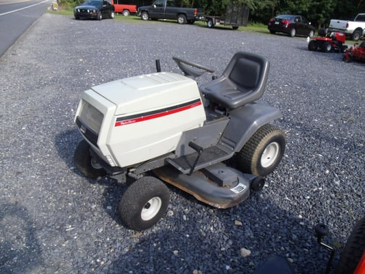 White Tractor For Sale Lt 165 Ohv Hydro Matic Yelp