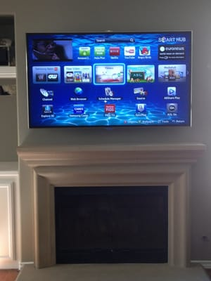 70 Quot Smart Tv Installed Over Fireplace On Articulating