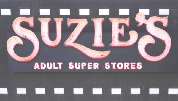 Suzie'S Adult Super Store 100