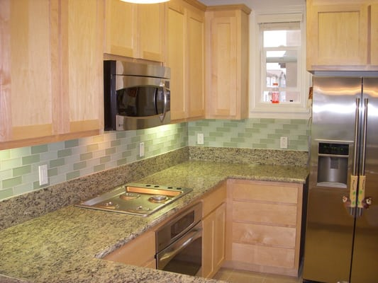 2 - Tile Backsplash Bricklay Pattern''x6'' glass tile. Brick lay out pattern, granite countertops ...
