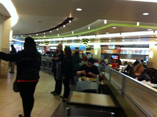 Food Court Complexe Desjardins