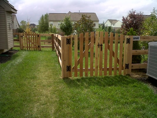 3 Board Kentucky Board Fence With Roll Top Cedar Gates Yelp